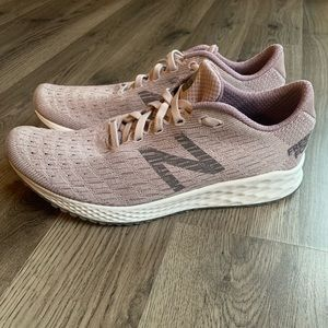 Women's New Balance Zante Pursuit size 8.5